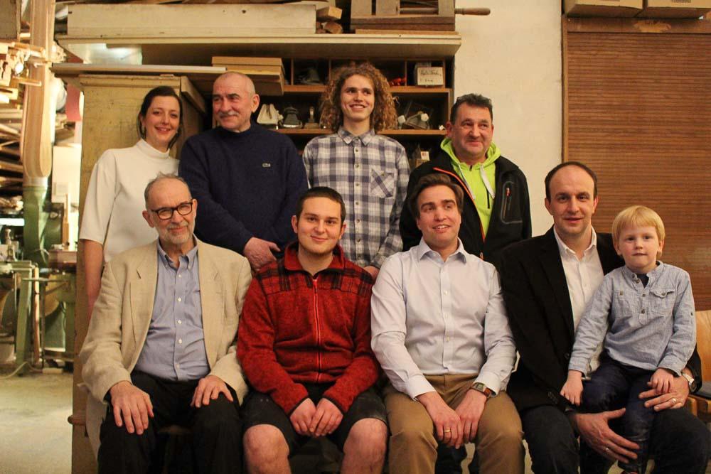 Gruppenbild der Tischlerei Ißleib