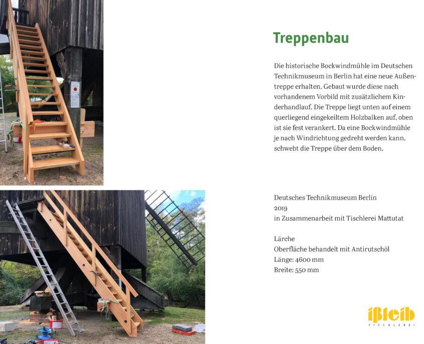 Treppe mit Handlauf an alter Mühle